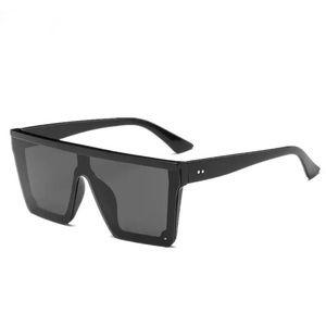 Unisex 2019 Oversized Square Frame Sunglasses